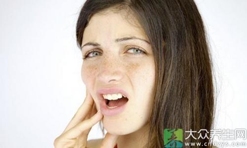 女性 <p> 生理期不适竟是这些疾病在跟随!